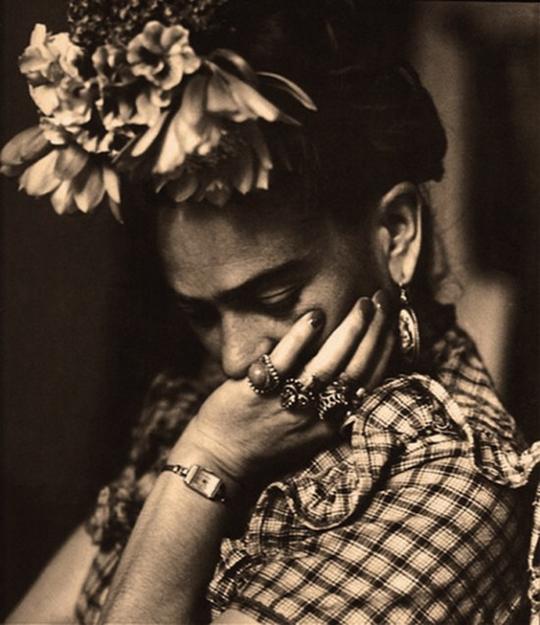 Frieda-Kahlo-2