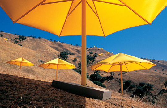 Christo and Jeanne-Claude The Umbrellas, Japan-USA, 1984-91 Photo: Wolfgang Volz